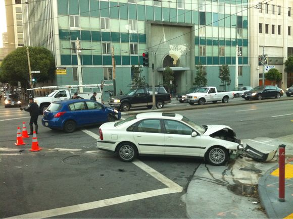 Accident on van ness at Hayes that messed up traffic this morning